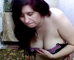 Wifey gets cream out